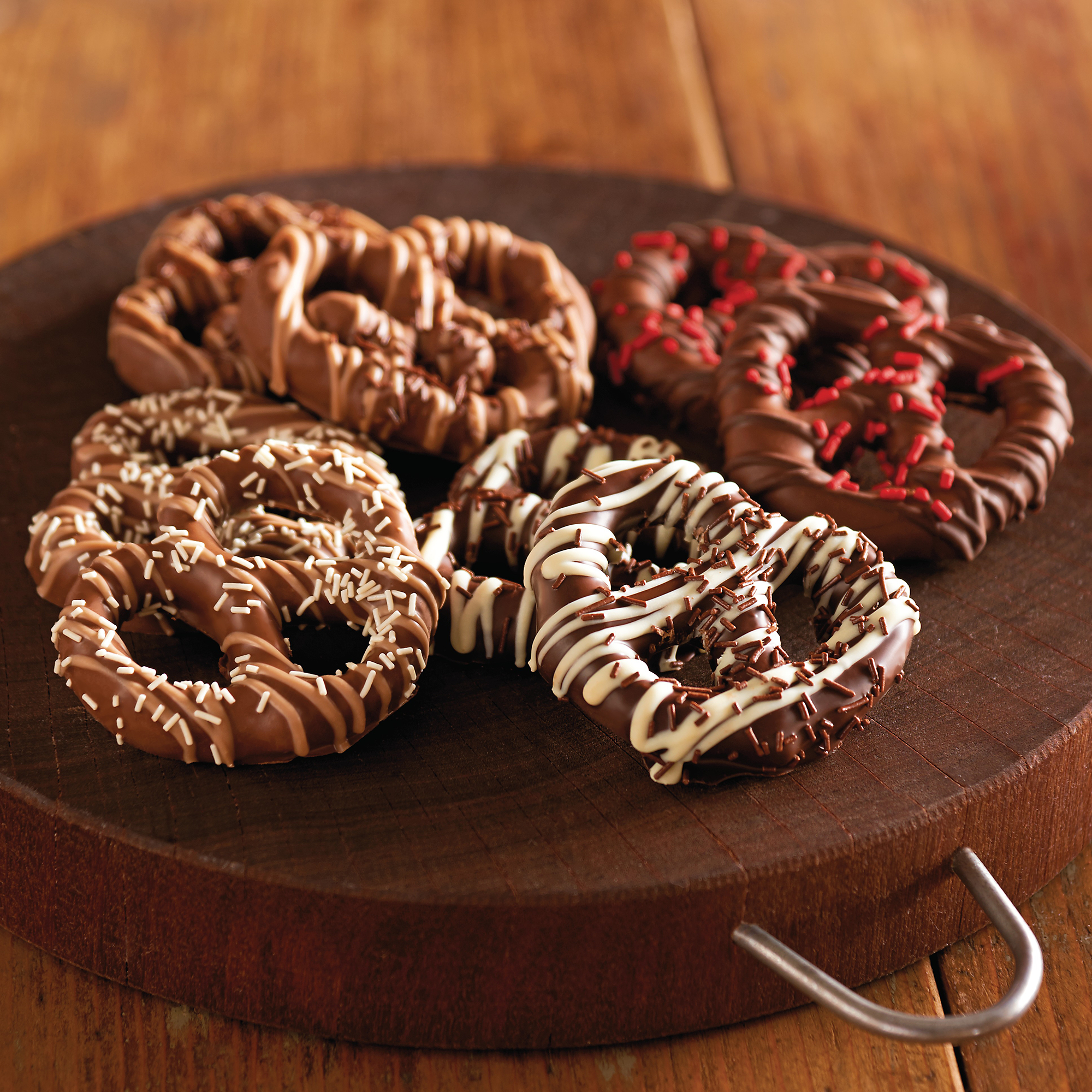Chocolate Covered Pretzels | Chocolate Dipped Pretzels & Gifts