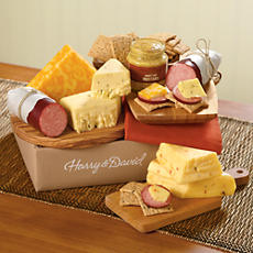 Sausage, Cheese and Crackers Gift Box Classic