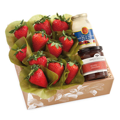 Strawberries, Devonshire Cream and Chocolate Dipping Sauce Gift
