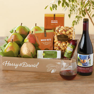 Harry's Gift Box with Pinot Noir Wine