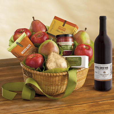 Roxy Ann Gift Basket Classic with Wine