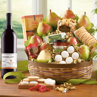 Crater Lake Gift Basket Deluxe with Wine