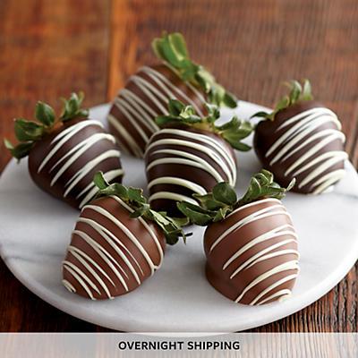 Hand Dipped Chocolate Covered Strawberries - Half Dozen